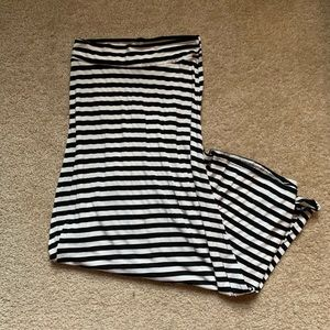 Black and White Striped Maxi Skirt - Size Small